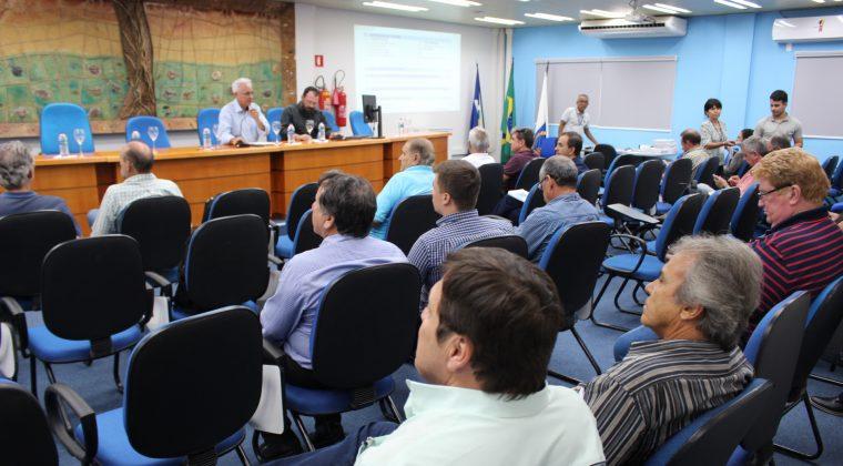 Plenária de fevereiro discute EAD, comunicação institucional e define data para indicações do mérito