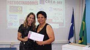 Dia Internacional da Mulher na Engenharia é comemorado com homenagens no Crea-MT