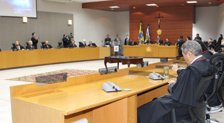 Crea-MT presente em condecoração do presidente do STF pelo Tribunal de Justiça do Estado