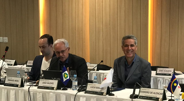 Regional Mato-grossense  e lideranças do Sistema Confea/Crea e Mútua debatem demandas da engenharia em Natal