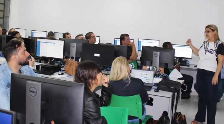 Funcionários do Crea Mato Grosso recebem treinamento do novo Sistema