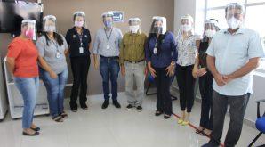 Por meio de parceria, Mútua-MT entrega ao Crea-MT máscaras de proteção para atendentes do Conselho